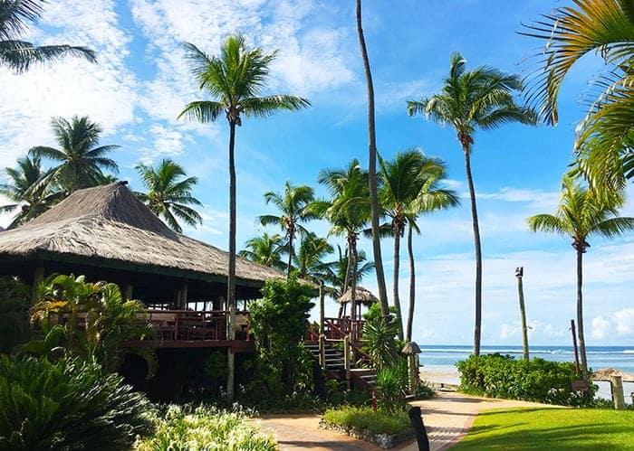 Sundowner at Outrigger Fiji