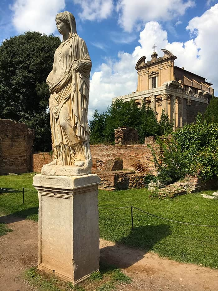 vestal virgin statue in rome