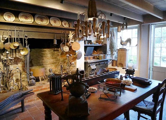 Houmas House kitchen from 1700s