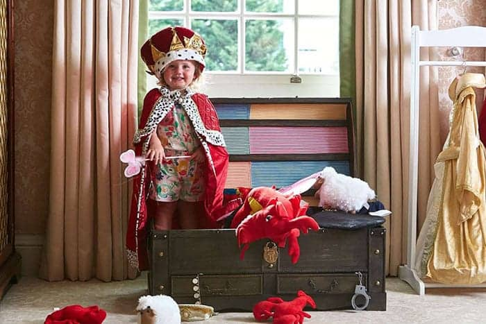 Dress up box for children guests