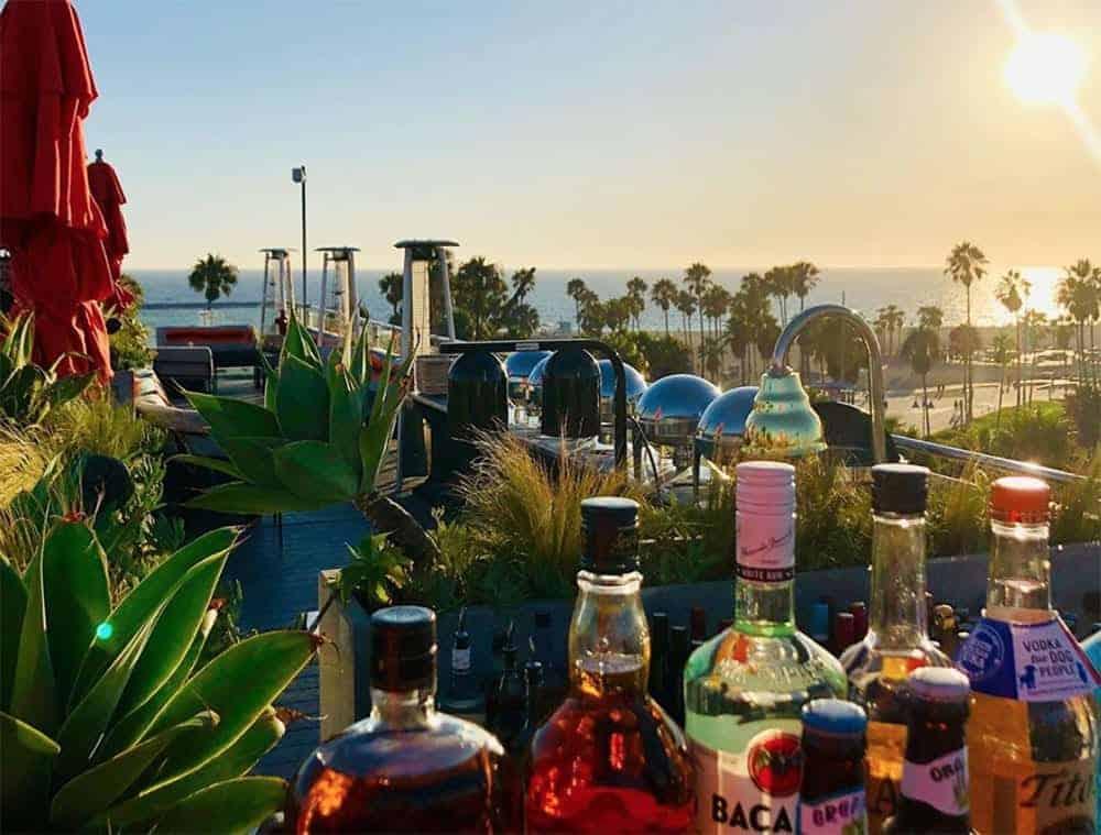 High bar at Erwin Venice Beach
