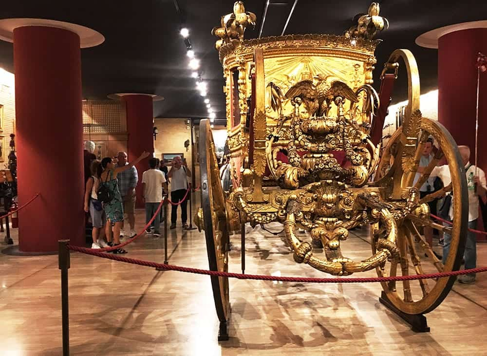 Papal carriage under Vatican Museums