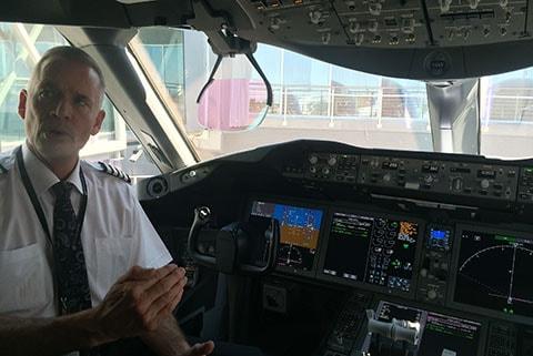 Dreamliner 787-9 Capt Kirk