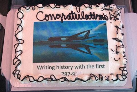 Dreamliner cake