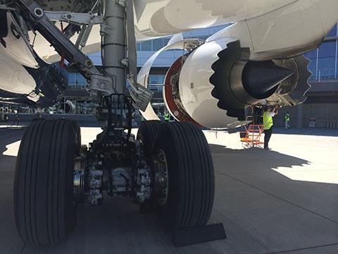 Dreamliner 787-9 chevrons