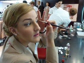 Emirates school eyeliner