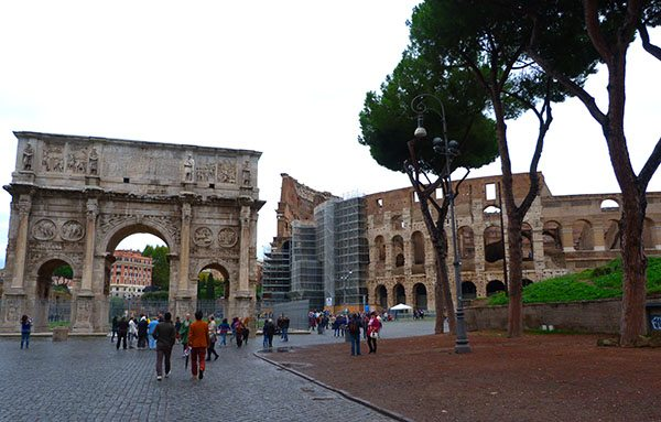 Rome Colosseum tips