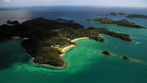 Motuarohia Island