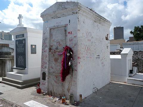 St Louis cemetery Voodoo queen